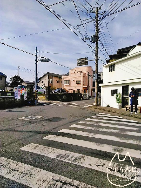 坂ノ下海岸への道