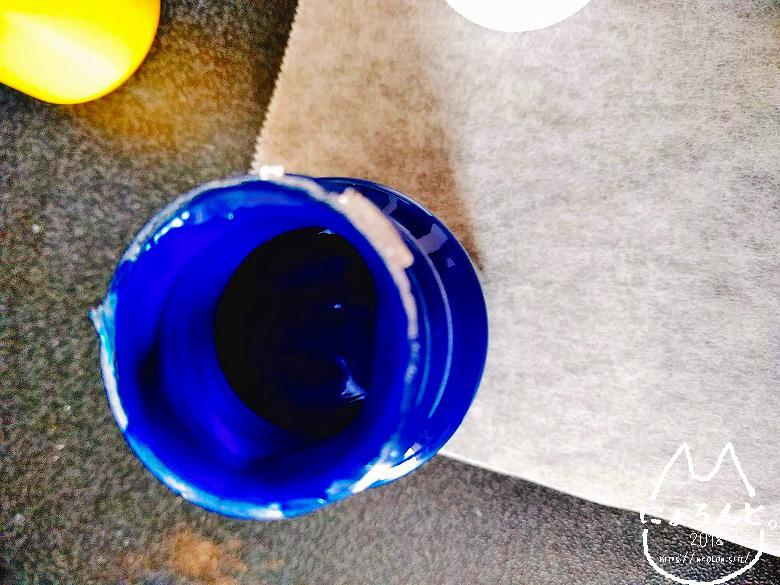 シーグラスにガラス絵の具で描いてみた・ガラス絵の具