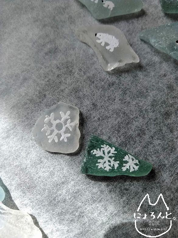 ポスカVSアクリル絵の具・雪の結晶