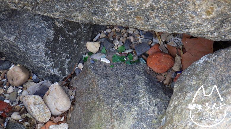 ペブル・ビーチ・石だまり