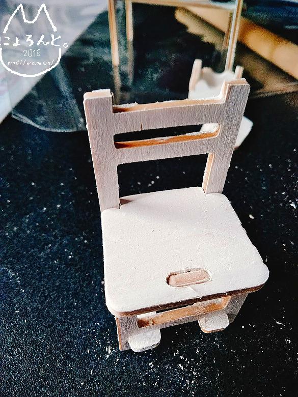 キャン★ドゥのウッドクラフトシリーズ・テーブルとチェアを作ってみた