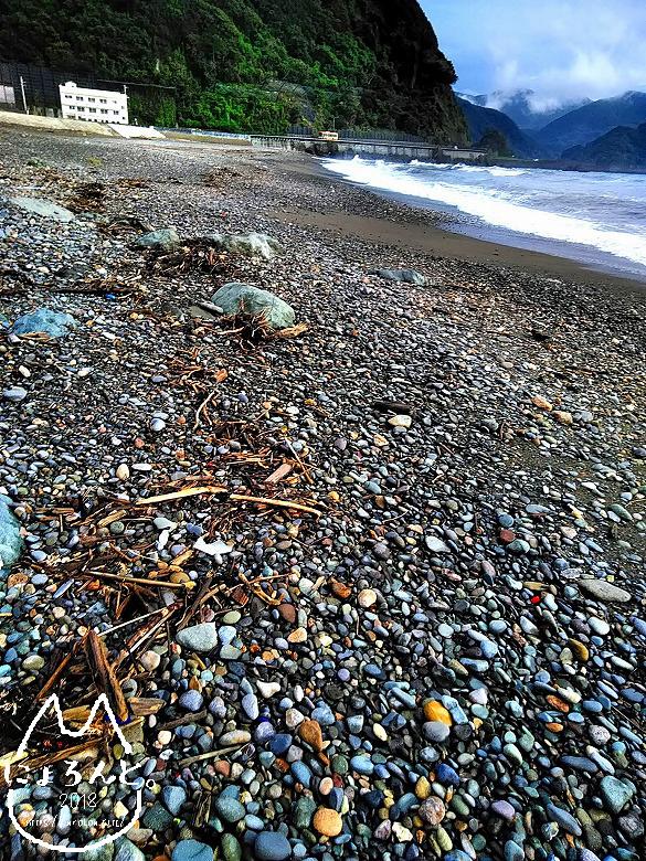 大浜海岸でビーチコーミング/浜のようす