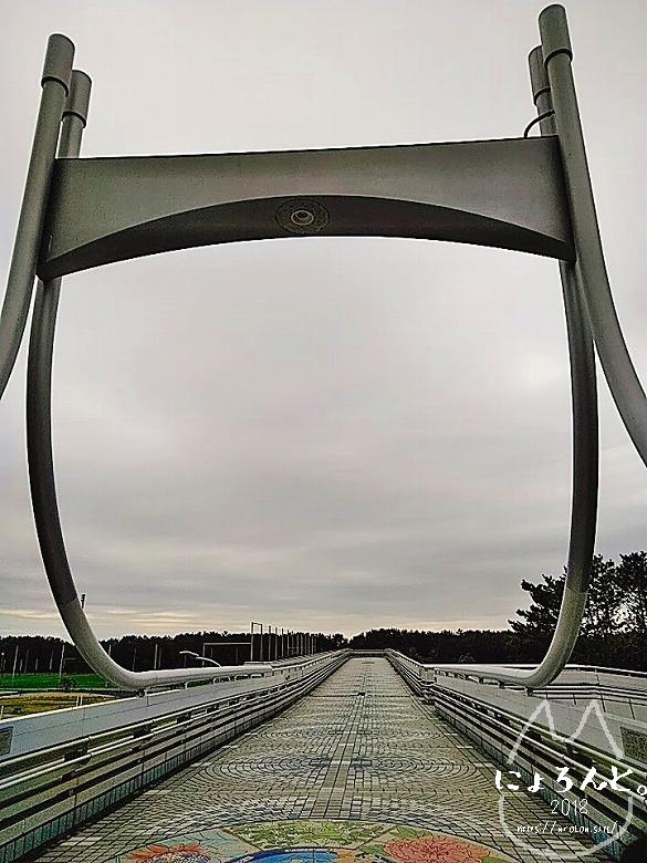 冬の幕張海岸2020・歩道橋