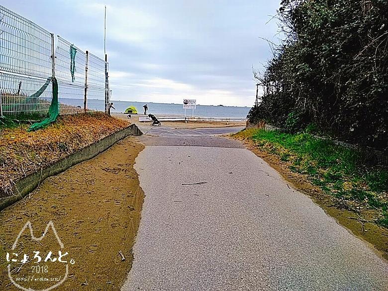 冬の幕張海岸2020・浜の入り口