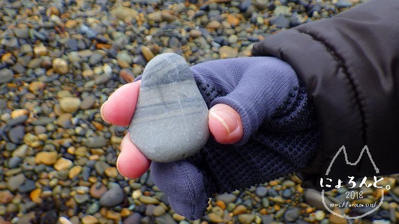 大洗海岸・磯前神社前でビーチコーミング/砂岩