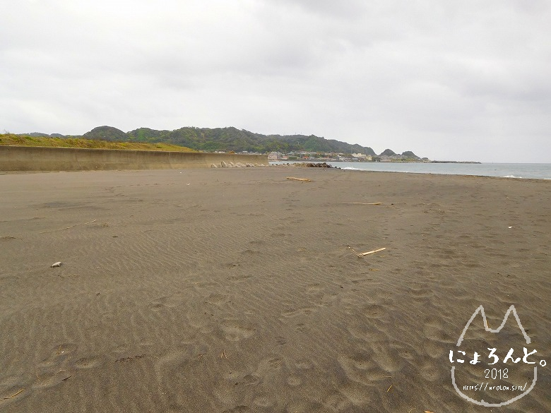 館山・平佐浦海岸でビーチコーミング/浜の様子
