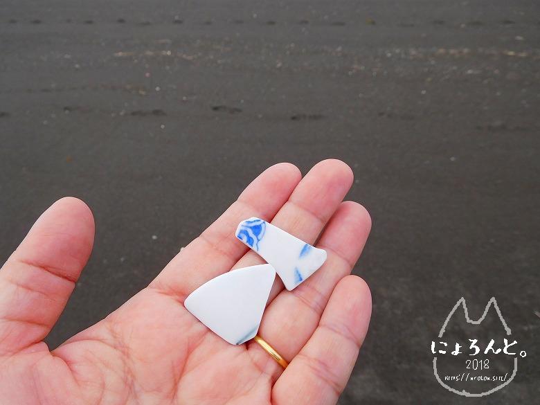 北条海岸でビーチコーミング/陶片