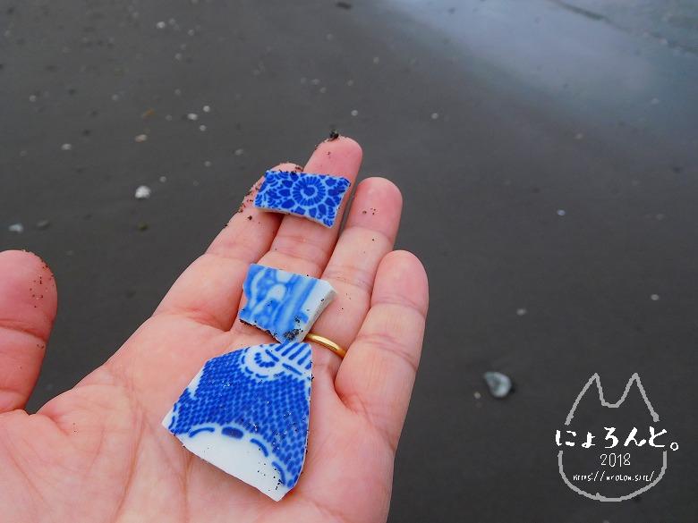 新井海岸でビーチコーミング/陶片
